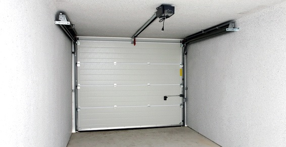 Portes de garages automatiques apt cavaillon pertuis for Grande porte de garage sectionnelle